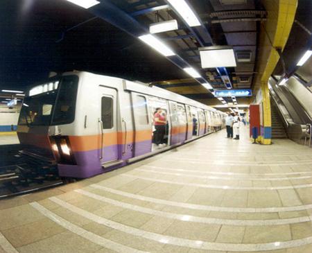 فرنسا والاتحاد الأوروبي يساهمان في تمويل مترو أنفاق القاهرة