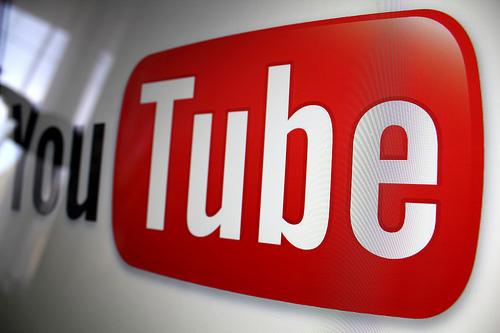 يوتيوب يختبر ميزة طرح الأسئلة لأصحاب الحسابات